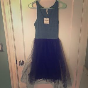 Dresses & Skirts - NWT dress with Tulle Skirt